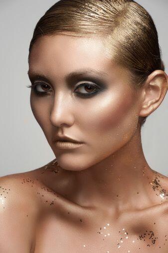 Si aún quieres o buscas más brillo o textura en tu rostro, un rubor en t...