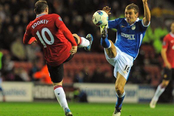 La fecha 32 de la Liga Premier inglesa vivió otro duelo de dos equipos c...