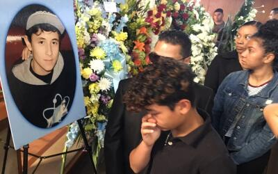 Cientos de personas participaron en las exequias de Elías Rodríguez.