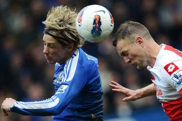Pero Fernando Torres, que salió entre los titulares, tendría un duelo pa...