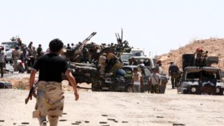 Las fuerza del Consejo Nacional de Transición (CNT) anunciaron haber ref...