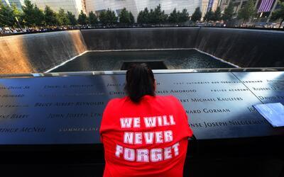 Monumento de las Torres Gemelas en Nueva York en conmemoración de...
