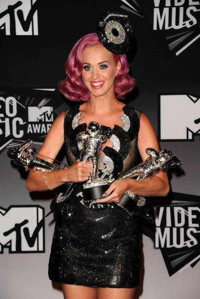 Varios astronautas se llevó la cantante Katy Perry en los MTV Vid...