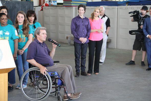 El motivador Joel Osteen estuvo de visita en Miami donde recibio diferen...