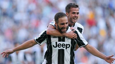 Higuaín guía triunfo de Juventus ante Sassuolo