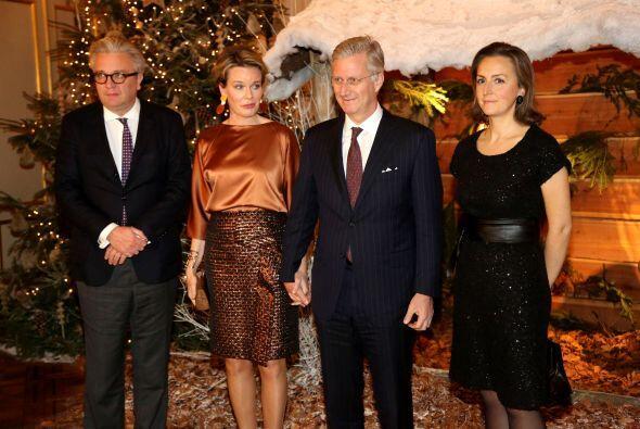 El príncipe Laurent, la reina Mathilde, el rey Philippe y la princesa Cl...
