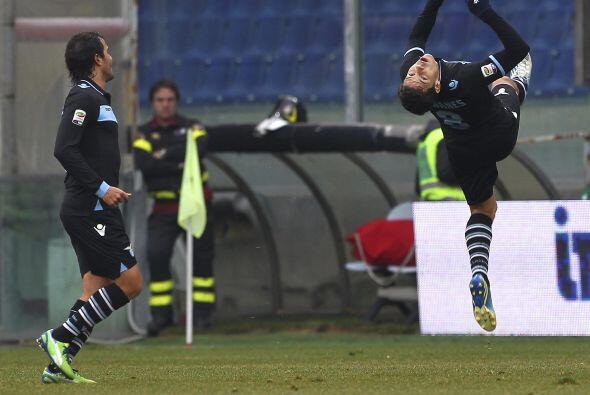 El hombre de la Lazio de Italia festejó a su más puro estilo en el duelo...
