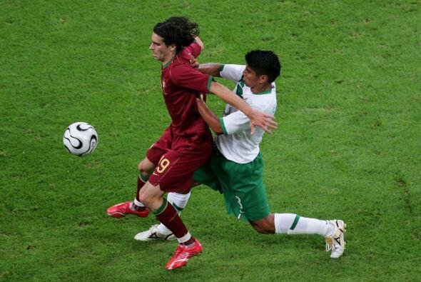 Jugó todos los minutos del Mundial de 2006, lo que le valió su pase al f...