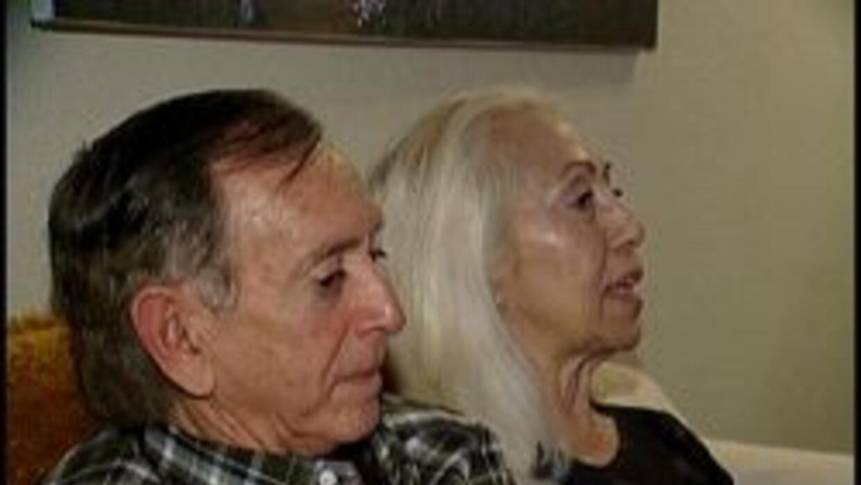 Mirna y Pedro apoyadores de Obama