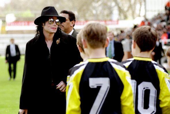 Jackson fue amigo de Al Fayed e incluso llegó a asistir a eventos del Fu...
