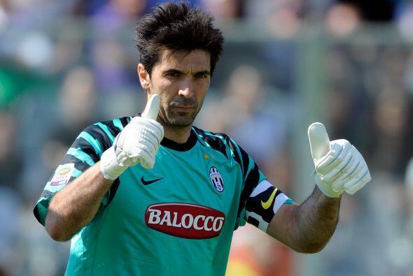 El arquero Gianluigi Buffon confiaba en el buen resultado de su equipo.