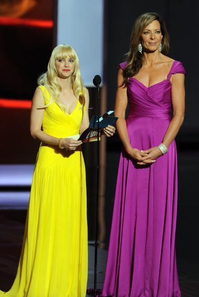 Anna Faris y Allison Janney, encargadas de otra categoría. Mira aquí lo...