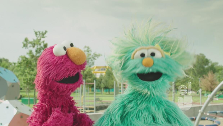 Aprende a bailar salsa con Elmo y Rosita