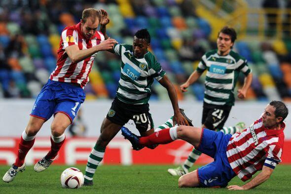 Gran duelo que dieron Sporting de Lisboa y Rangers.