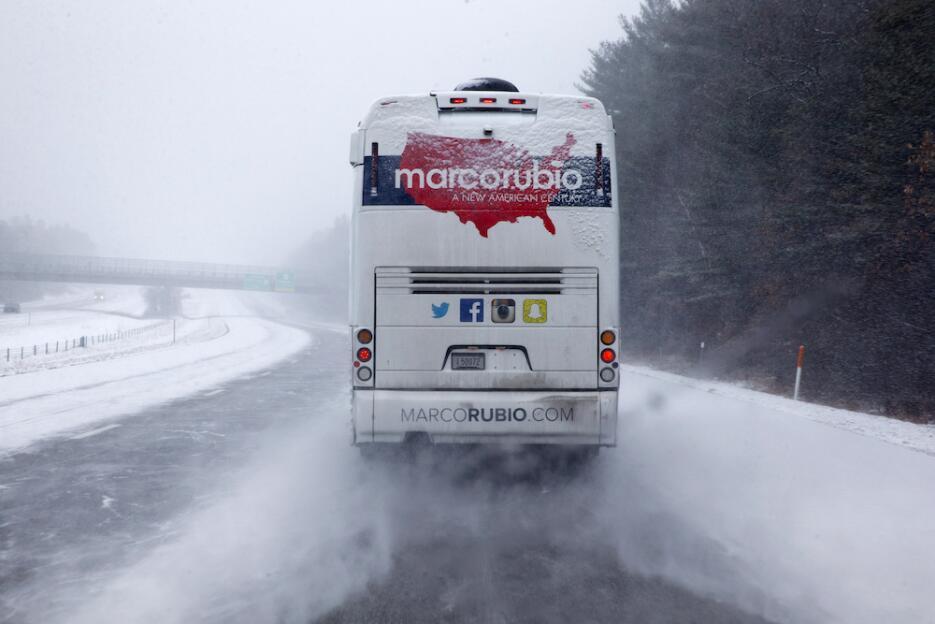 Primarias bajo la nieve en New Hampshire road-snow.jpg