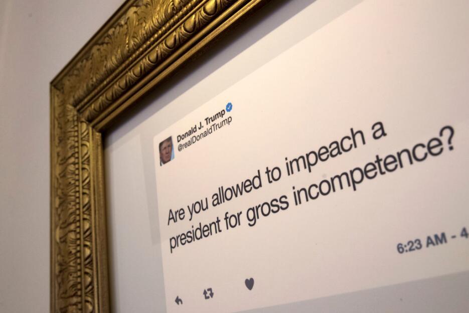 """Desde """"¡Amo a los hispanos!"""" hasta """"covfefe"""": los tuits de Trump tienen..."""