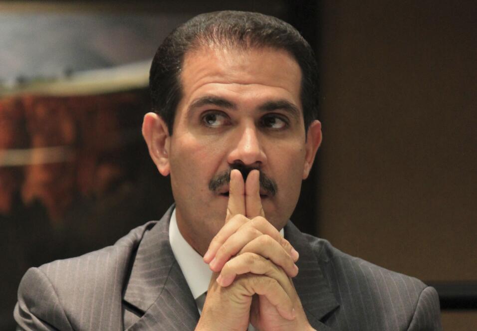 ARCHIVO - En imagen de archivo del 5 de octubre de 2012, el gobernador d...