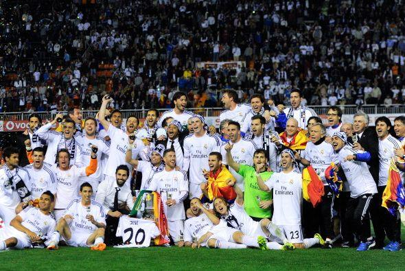 La foto para la historia, Real Madrid campeón de la Copa del Rey 2013-14.