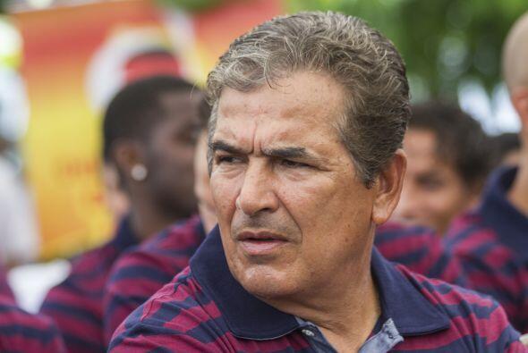 Jorge Luis Pinto. Director técnico. Fecha de nacimiento: 16 de di...