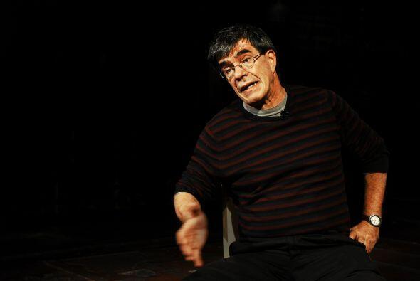 """""""Y es más barato que el teatro individual, que es el psicoanálisis, dond..."""