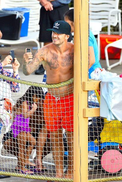 Llevó a sus hijos Romeo y Cruz a Legoland.