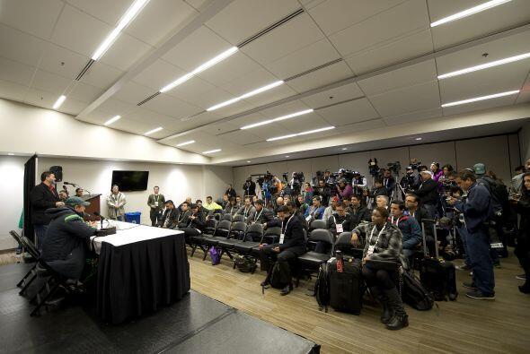 El 'Piojo' Herrera atendió a los medios tras la finalización del partido...