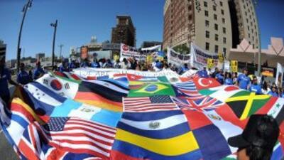 Salvadoreños son el cuarto grupo más grande entre hispanos, según Censo...