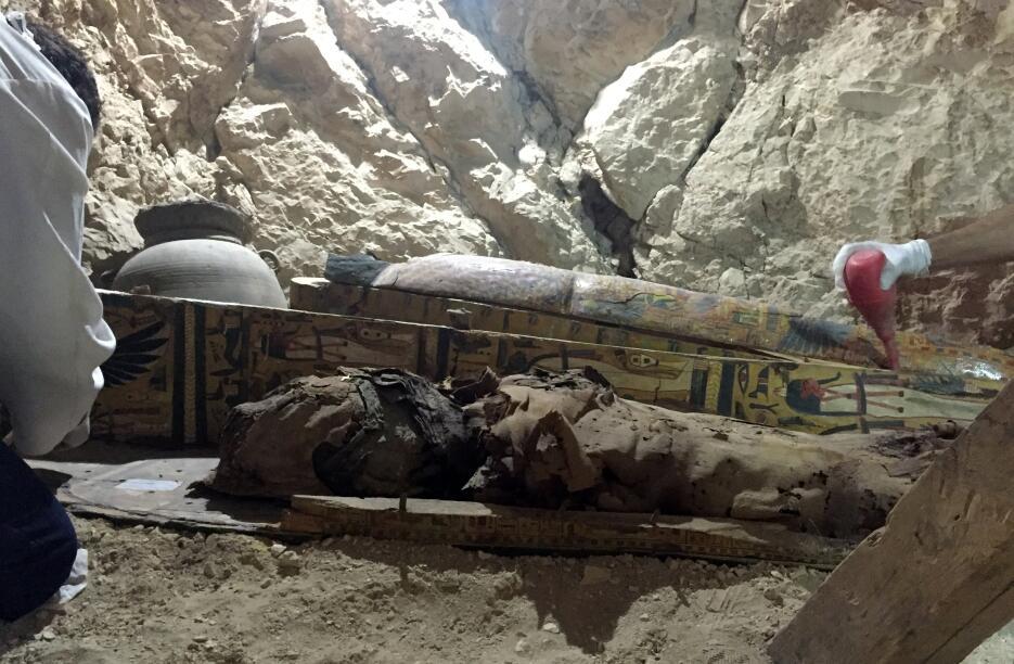 Descubren en Egipto una tumba de 3,000 años de antigüedad  Egipto4.JPG