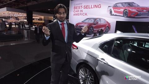 El Toyota Camry es el auto más vendido y aparece renovado en el Auto Sho...