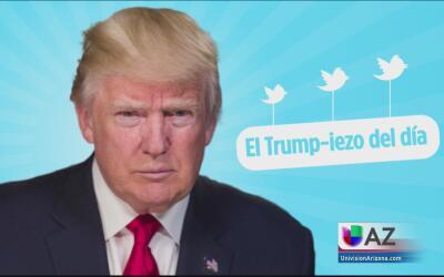 El Trump-iezo del día: el presidente mira con atención al cielo en el mo...