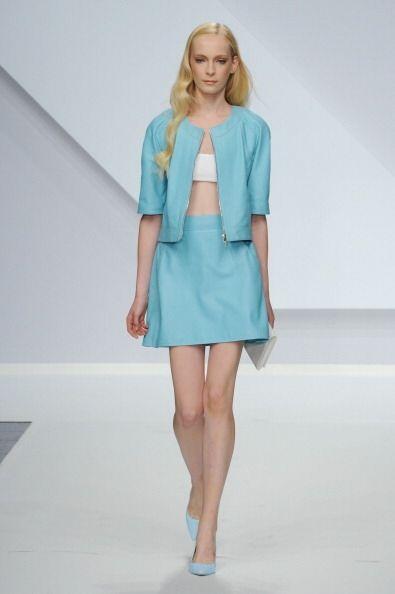 ¡Minifaldas, minivestidos y bermudas son otras alternativas con las que...