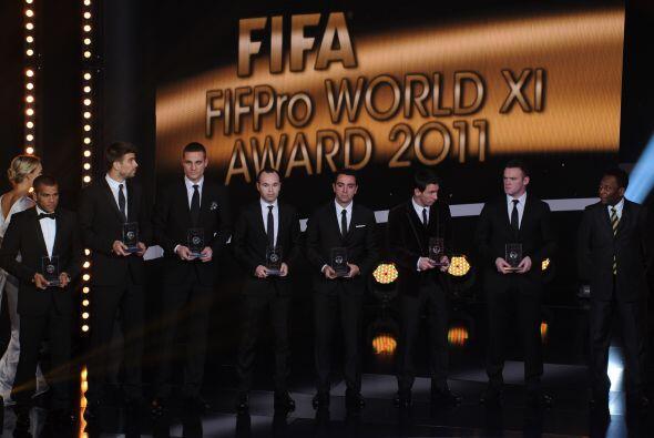 Los jugadores pasaron a recoger su premio y ser aplaudidos.