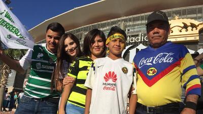 Los aficionados tomaron el estadio Corona para la semifinal entre Santos y América