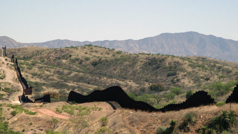 Frontera cerca de Nogales, Arizona