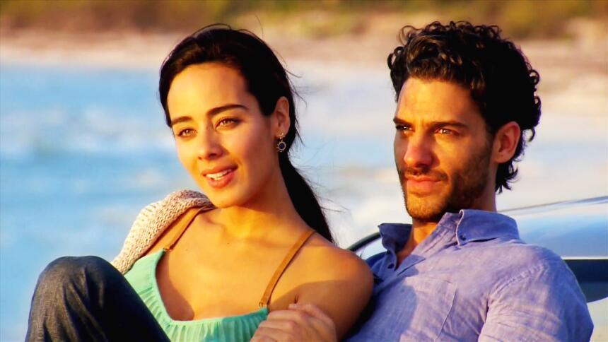 Sus amores nos conquistaron en 'El color de la pasión' C4259007481C450EB...