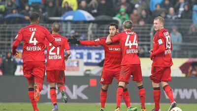 Borussia Dortmund y Bayer Leverkusen ganan por la mínima en la Bundesliga