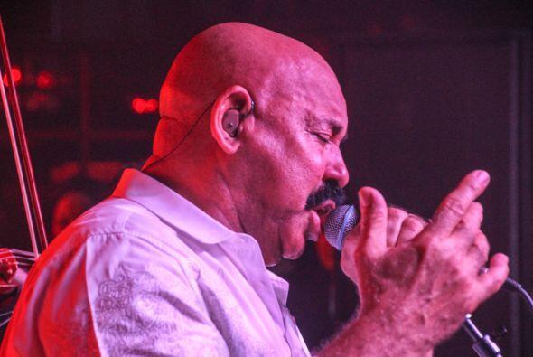 El exitoso cantante venezolano  Oscar D'León  se presento e...