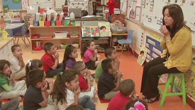 Educación pública para todo niño en EEUU, sin importar su estatus migrat...