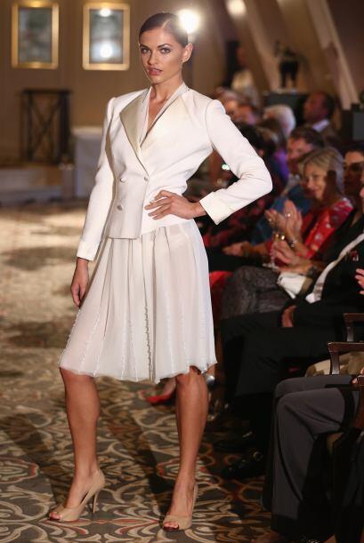 ¿Recuerdas a Carrie Bradshaw en su boda por el civil? Este es un atuendo...