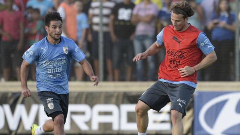 El estado del atacante es importante para el equipo de Oscar Tabárez.
