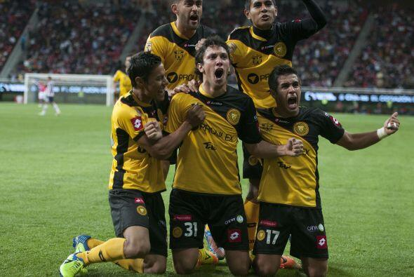 Chivas busca su primer triunfo como local en el Apertura 2014, los rojib...