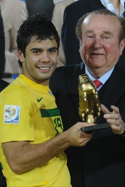 5 FUTBOL BRASIL: En balompié la escuadra amazónica lucirá muy fuerte con...