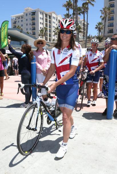 Pippa posó muy sonriente en San Diego, al inicio de la carrera.  Aquí lo...