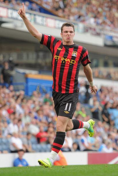 Adam Johnson convirtió el primero del City y comenzó la goleada.