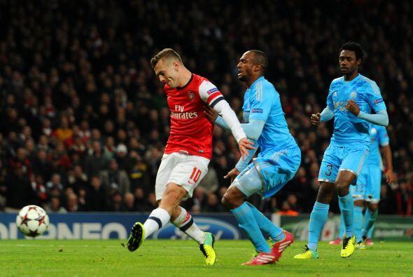 Pero Wilshere reivindicó a su equipo al marcar su segundo gol de la noche.