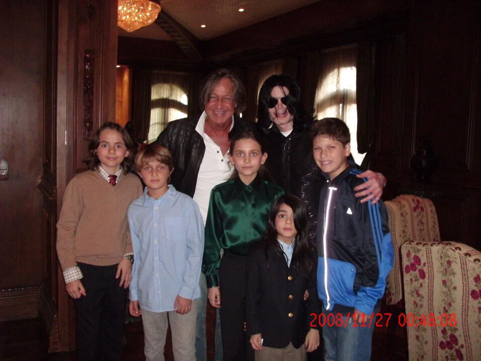 Quince años después de esta imagen: así se ve ahora al hijo menor de Mic...