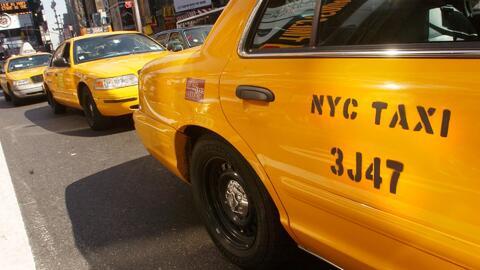 Taxis de Nueva York prestarán servicio de carpooling y competirán con Uber