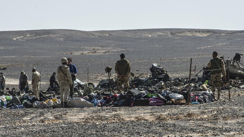 Investigación en la zona donde cayó la aeronave.