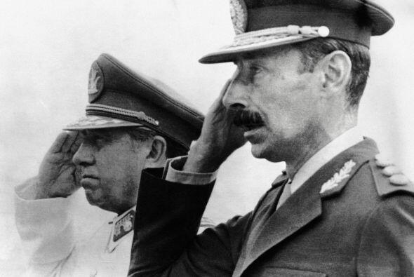 JORGE VIDELA.- Nacido en Buenos Aires Argenitna, Videla es un ex militar...