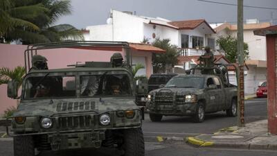 Decomisan miles de toneladas de minerales en Michoacán